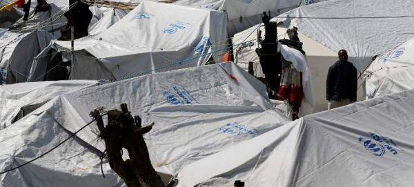 Προσχηματικό μπλόκο από το Βερολίνο στην επανένωση προσφύγων - Χιλιάδες περιμένουν στην Ελλάδα