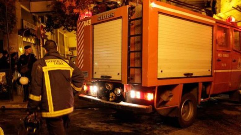 Κάηκαν 9 ΙΧ από πυρκαγιά σε υπόγειο πάρκινγκ