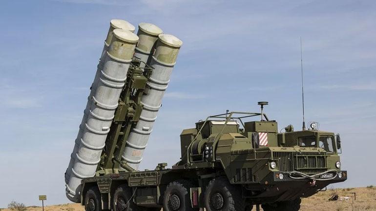 Ρωσική σφήνα σε παραδοσιακούς συμμάχους των ΗΠΑ