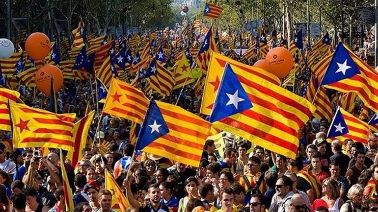 Η Γαλλία δεν θα αναγνωρίσει μονομερή κήρυξη ανεξαρτησίας της Καταλονίας