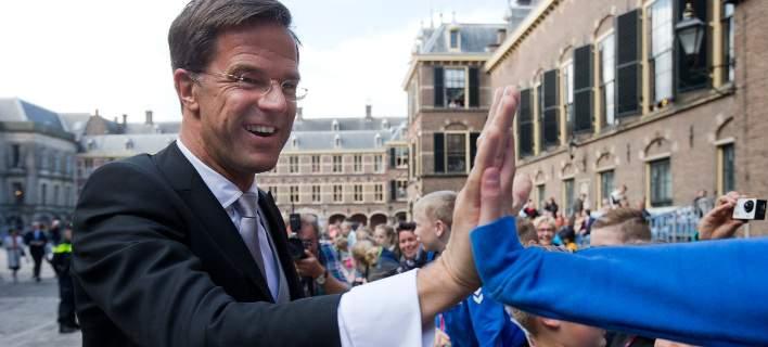 Η Ολλανδία απέκτησε επιτέλους κυβέρνηση, επτά μήνες μετά τις εκλογές