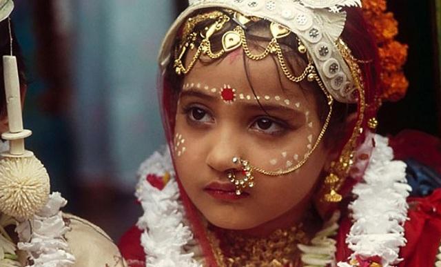 Ινδία: Οι σεξουαλικές σχέσεις με ανήλικη θεωρούνται βιασμός ακόμη και εντός γάμου