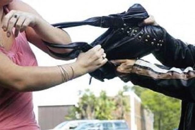 Δικογραφία σε βάρος 44χρονου που άρπαξε την τσάντα 67χρονης