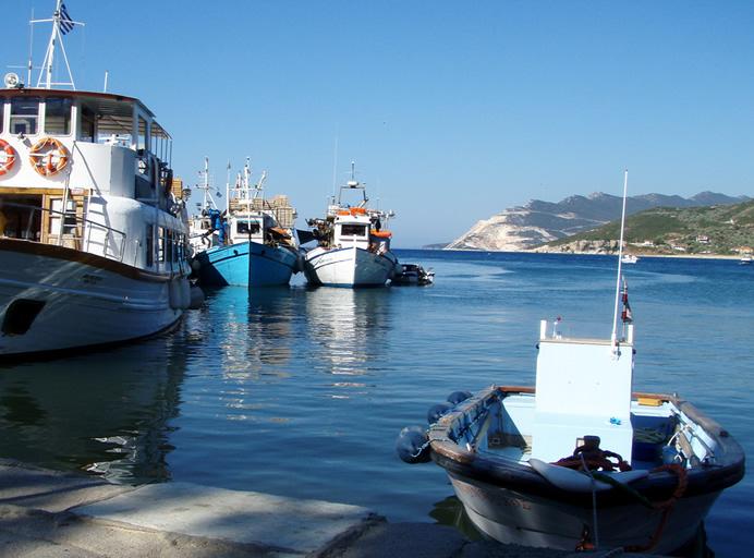 Διχάζει το αλιευτικό καταφύγιο στον Πλατανιά