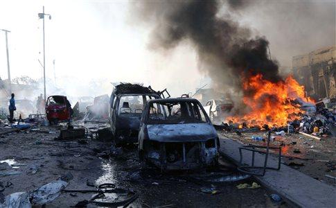 Σομαλία: Τραγωδία χωρίς προηγούμενο, εκατοντάδες νεκροί από επιθέσεις