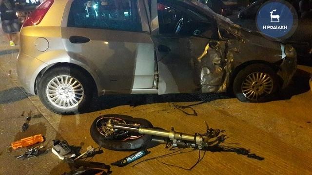 Νεκρός σε τροχαίο δυστύχημα 17χρονος οδηγός μηχανής