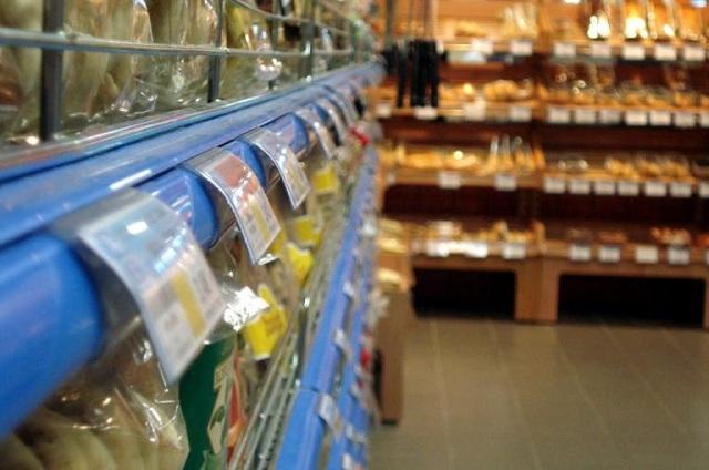 Έρευνα: Ακατάλληλα ή νοθευμένα χιλιάδες τρόφιμα