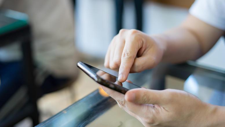 Μεγάλη κομπίνα με κλεμμένα smartphones, ποιοι εμπλέκονται
