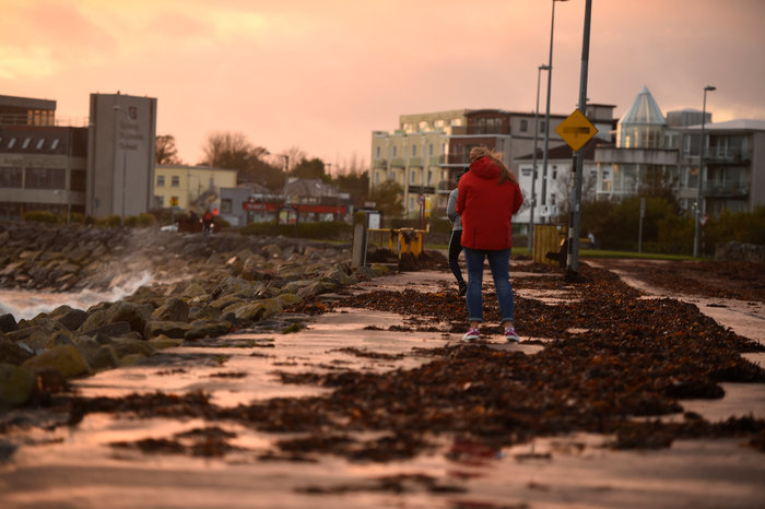 Η Οφηλία σάρωσε την Ιρλανδία-Τρεις νεκροί