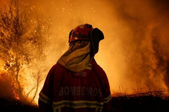 Τριήμερο εθνικό πένθος στην Πορτογαλία για τους 36 νεκρούς