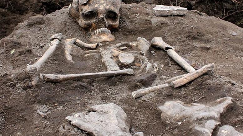 Βρήκαν σκελετό «βαμπίρ» στο αρχαιοελληνικό Περπερικόν