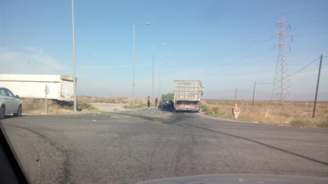 Τροχαίο με εγκλωβισμό οδηγού στον δρόμο Βόλου –Λάρισας