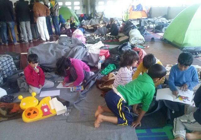 Τριάντα προσφυγόπουλα του ΜΟΖΑ στα θρανία