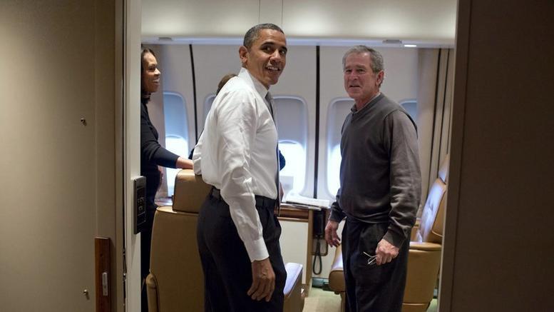 Ομπάμα και Μπους κατά Τραμπ: Μας γυρίζει 50 χρόνια πίσω