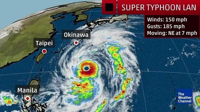 Ισχυρός τυφώνας πλησιάζει τη νότια Ιαπωνία