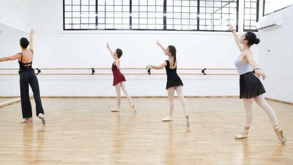 Eγγραφές στη Δημοτική Σχολή Χορού