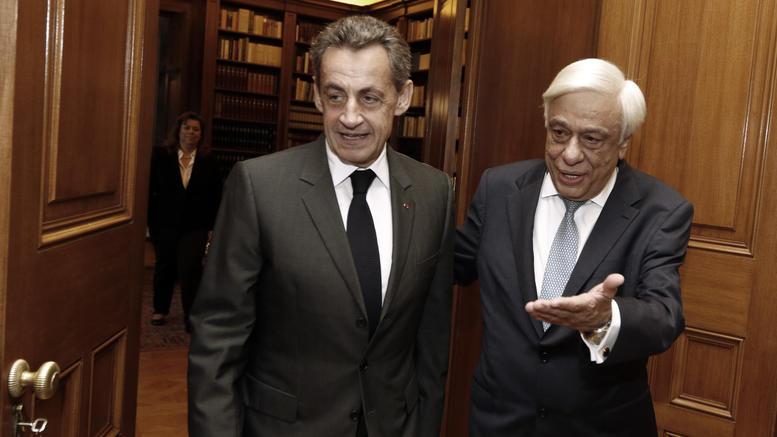Στην Αθήνα ο Σαρκοζί, πρόγευμα «εργασίας» με Παυλόπουλο