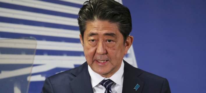 Ιάπωνας πρωθυπουργός Σίνζο Αμπε: Θα αντιμετωπίσουμε τις απειλές της Β.Κορέας