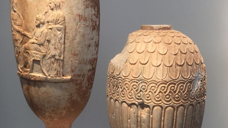 Guardian: Κλεμμένες ελληνικές αρχαιότητες προς πώληση στο Λονδίνο