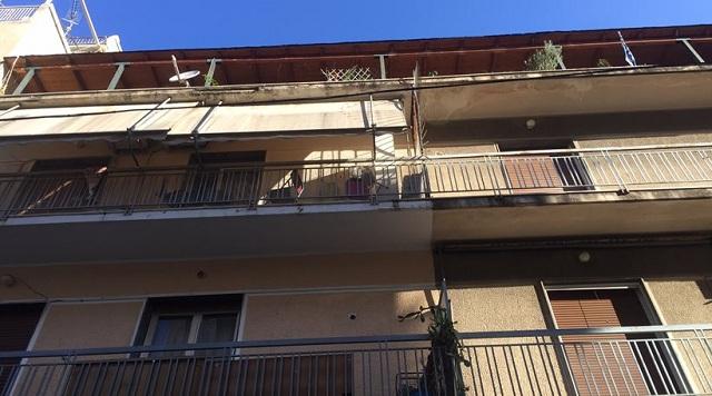 Θρίλερ με πτώμα γυναίκας σε σπίτι στο κέντρο της Αθήνας
