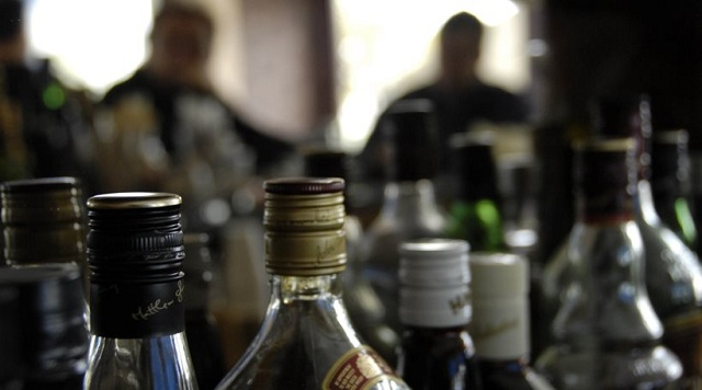 Μεγάλη εταιρεία αλκοολούχων ποτών είχε γεμίσει «μπόμπες» όλη την Ελλάδα
