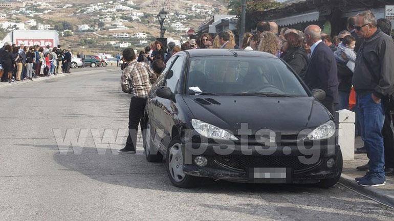 Πάρος: Ξέχασε το όχημα στη... μέση της παρέλασης