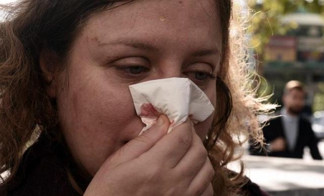 Χρυσαυγίτες χτύπησαν γυναίκες δικηγόρους έξω από το Εφετείο [εικόνες]