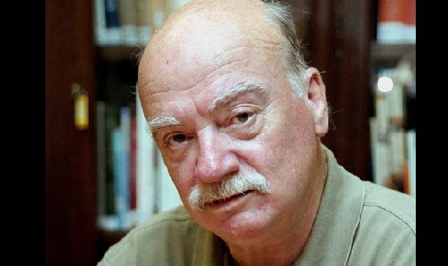 Ο Δημήτρης Νόλλας στο βιβλιοπωλείο Χάρτα