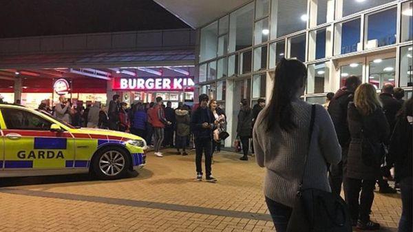 Δουβλίνο: Ένοπλος έφηβος σε εμπορικό κέντρο - Εκκενώθηκε η περιοχή