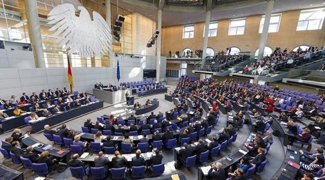 Γερμανία: Δύο εμπόδια για την κυβέρνηση «Τζαμάικα»