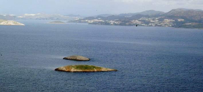 Υπέρπτηση 30 μέτρα πάνω από τα Ιμια από τουρκικό ελικόπτερο