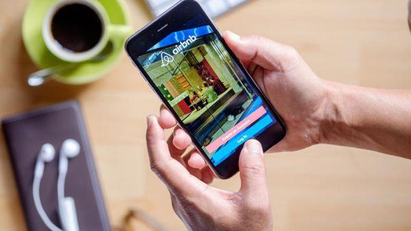 Οι αλλαγές στο Airbnb: Δήλωσέ το ή πρόστιμο 5.000 ευρώ