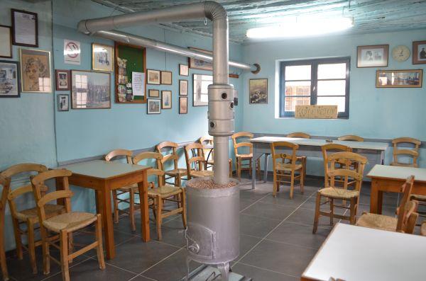 Καφενείο ετών… 232 ~ Από το 1785 λειτουργεί ανελλιπώς