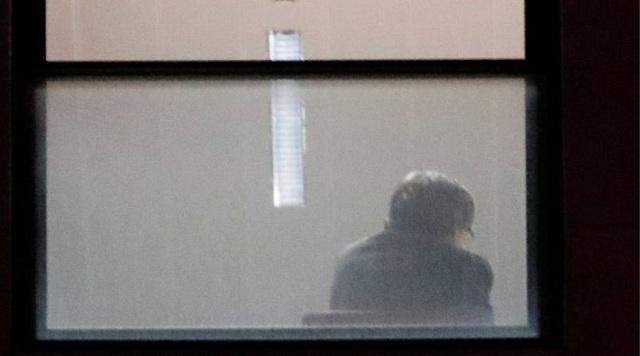 Ελεύθεροι υπό όρους αφέθηκαν ο Πουτζδεμόν και οι υπουργοί του