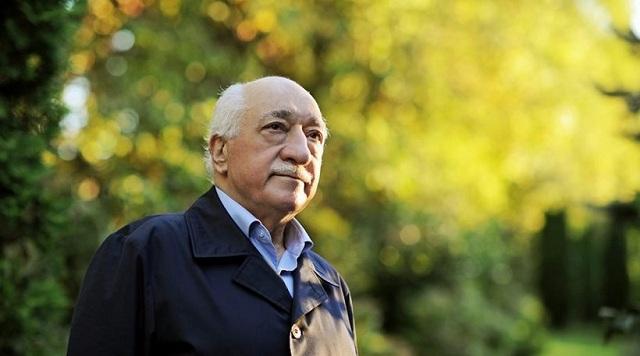 Τουρκία: Εντάλματα κράτησης 53 λοχίων για φερόμενες σχέσεις με τον Γκιουλέν