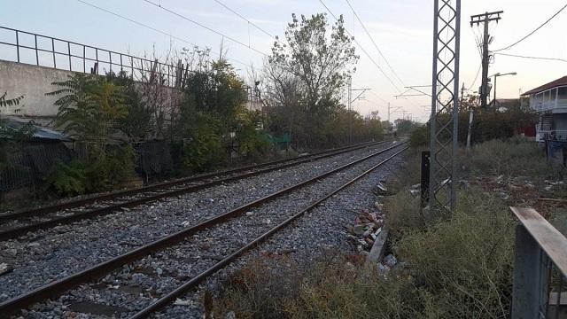 Κλείνουν τις σιδηροδρομικές γραμμές στη Λάρισα