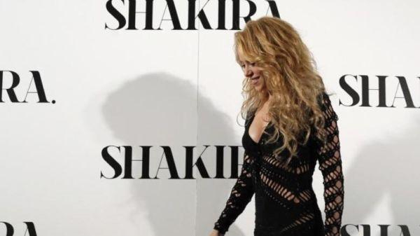 Πρόβλημα με τις φωνητικές της χορδές αντιμετωπίζει η Σακίρα