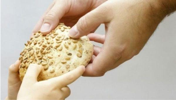 Εσταυρωμένος: Χέρι βοήθειας σε απόρους