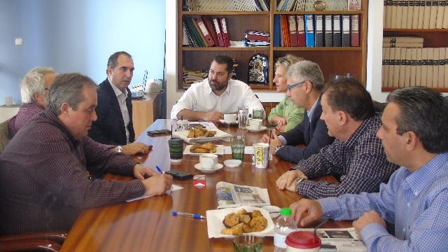 Συνάντηση του Γ.Γ. Επικοινωνίας Λ. Κρέτσου με εκπροσώπους της Ενωσης Συντακτών