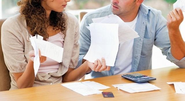 Φόροι και... κατασχέσεις αυξάνουν τα διαζύγια