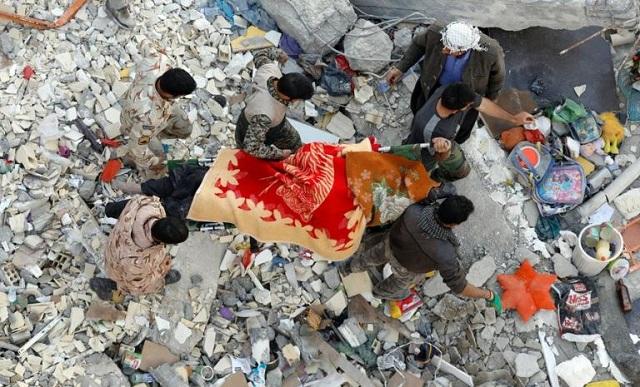 Σεισμός σε Ιράν και Ιράκ: Εικόνες απόλυτης καταστροφής. «Έσβησαν» οι ελπίδες για επιζώντες