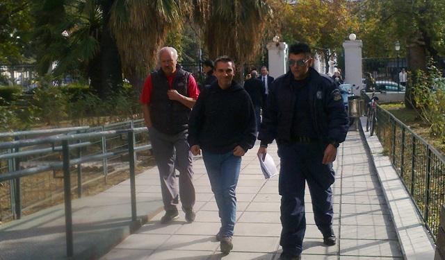 Στον Εισαγγελέα εκπρόσωποι της Επιτροπής Αγώνα Πολιτών μετά από μήνυση του Γ. Μουλά