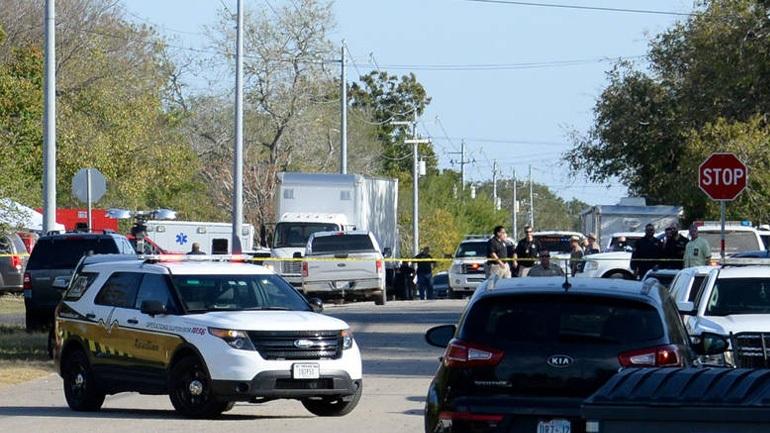 ΗΠΑ: Τουλάχιστον 3 νεκροί σε περιστατικό με πυροβολισμούς σε σχολείο στην Καλιφόρνια