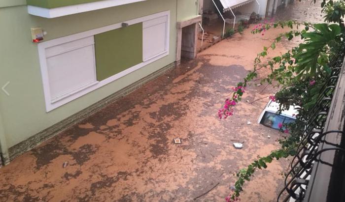 Βιβλική καταστροφή σε Νέα Πέραμο-Μάνδρα από πλημμύρες