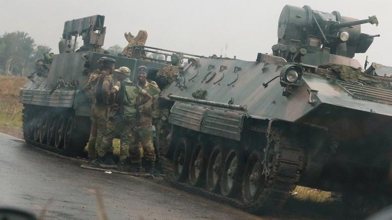 Πραξικόπημα στη Ζιμπάμπουε: Στρατιώτες και τεθωρακισμένα στους δρόμους