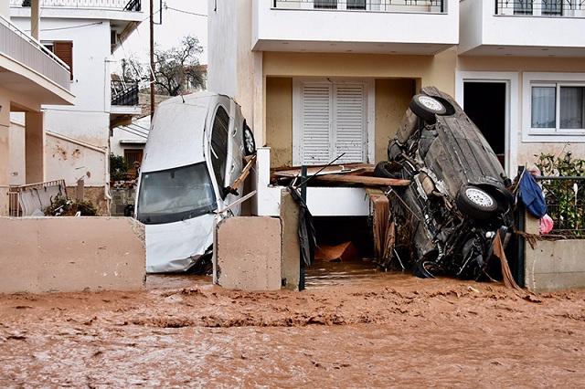 Αδιανόητη τραγωδία: Μετράνε θύματα στη Δυτική Αττική
