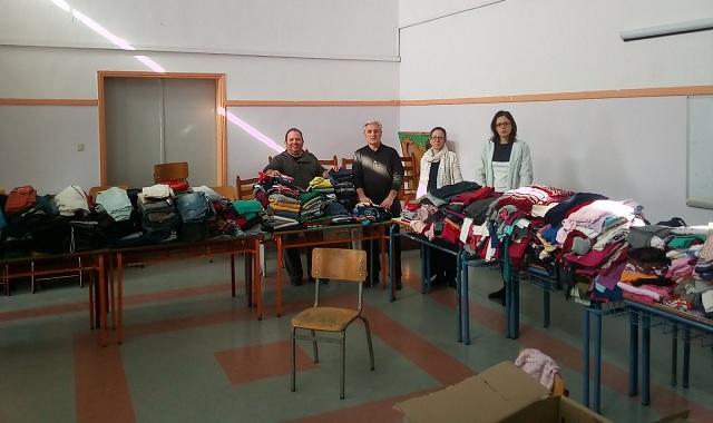 Ρούχα σε άπορους μαθητές