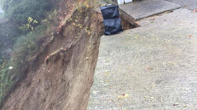 Τρόμος στα Μετέωρα: Κατέρρευσε πλαγιά στη Μονή Βαρλαάμ