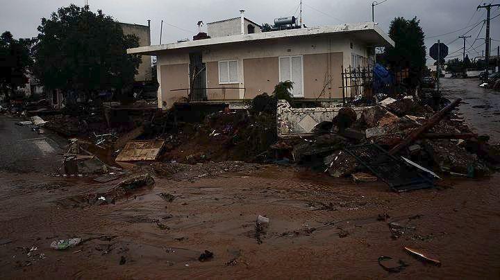 1.300 από τα 1.700 κτίρια σε Μάνδρα, Νέα Πέραμο και Ελευσίνα χρήζουν αποζημίωσης