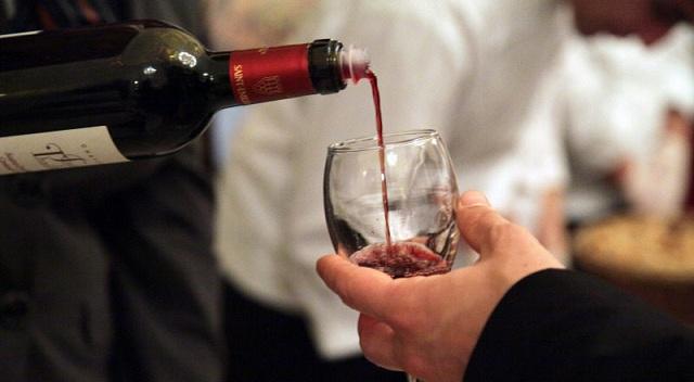 «Πάγωσε» η αγοραπωλησία οίνου